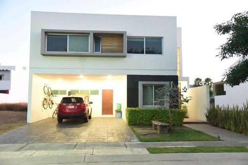 Renta Casa Amueblada En Olivos Residencial