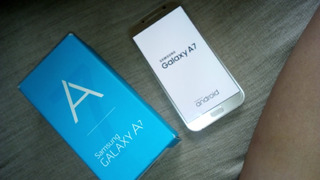 Samsung Galaxy A7 Version Global