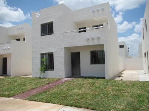 Casa En Renta En Merida, 3 Habitaciones, Equipada