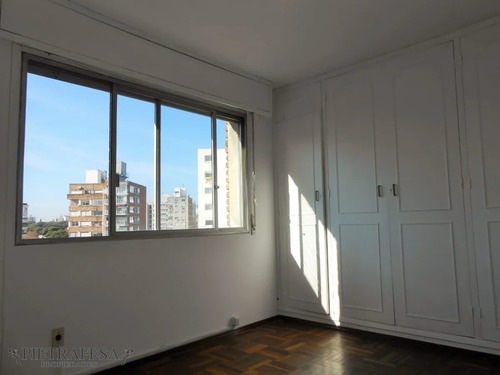 Aprtamento En Alquiler 2 Dormitorios 1 Baño Y Garaje-av.sarmiento-pocitos- Ref: 2087