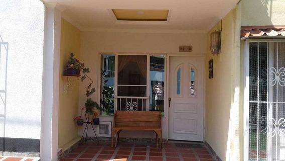 Venta De Casa En La Villa Pereira