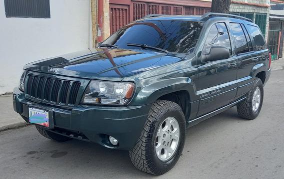 Grand Cherokee Laredo 2004