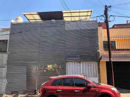 Venta Magnífica Casa Con Uso De Suelo Muy Amplio En Tacubaya