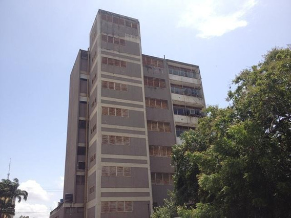 Oficina En Venta Centro Barquisimeto Lara 20-2260