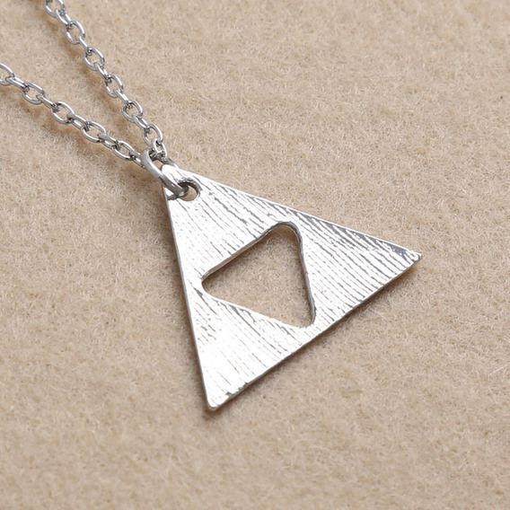 Lindo Colar Legend Zelda Triforce ! ! !