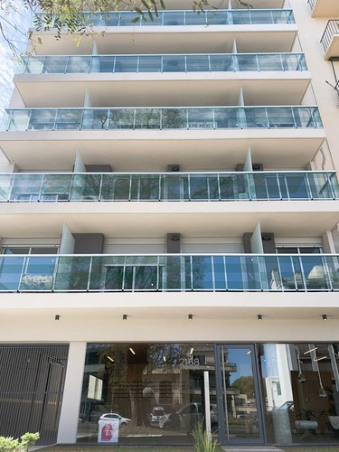 Venta De Apartamento 1 Dormitorio Con Terraza Y Parrillero En Tres Cruces