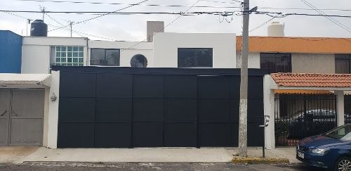 Casa En Venta Totalmente Remodelada Boulevares 3 Recs. 3 Aut