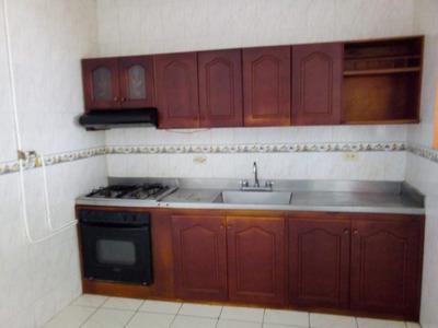 Casa Para Arriendo En Florida Nueva, Medellin