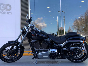 Harley Davidson Breakout 2017 Con Accesorios 1800cc