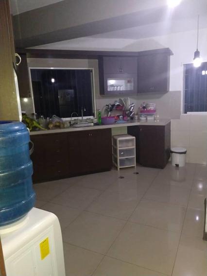 Maison C.a., Vende Hermoso Apartamento Ubicado En Avenida Bo