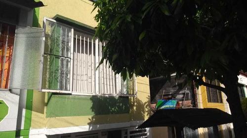Venta De Casa 3 Niveles  Con Excelente Renta - 03