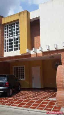 Townhouses En Venta 04144534008