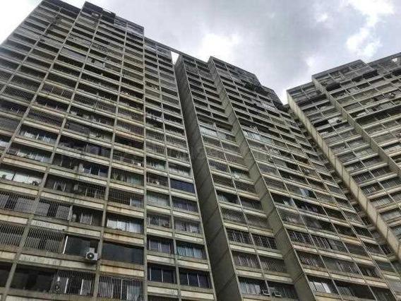 - Apartamento En Venta En Bello Monte 20-9054