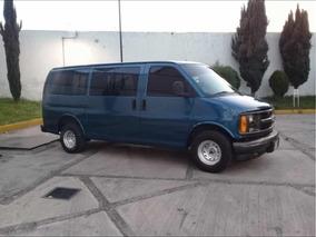 Chevrolet Express Cargo Van 1500 V6 Mt 2002
