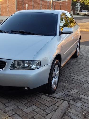 Imagem 1 de 8 de Audi A3