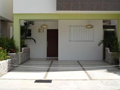 Se Vende Preciosa Casa Fraccionamiento En Playa Del Carmen