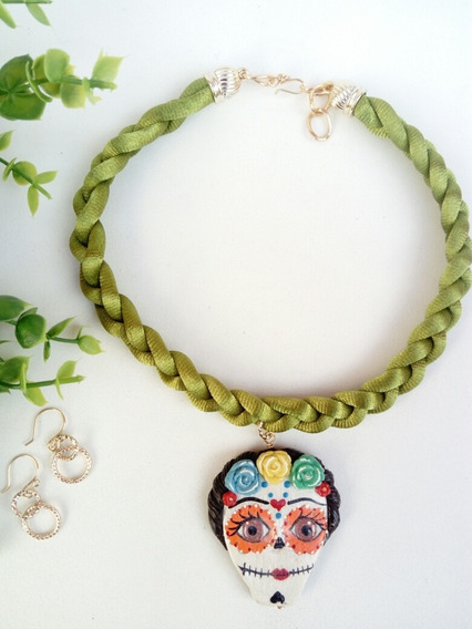 Collar Artesanal Mexicano Catrina Trenzado Verde Olivo