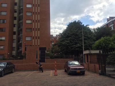 Apartamento En Venta Colina Campestre 532-2833