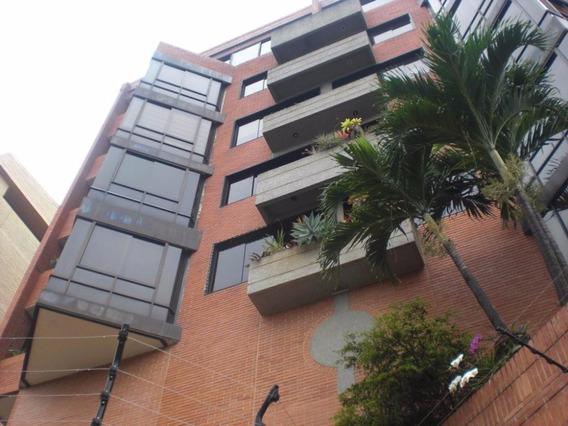 Lujoso Y Amplio Apto Duplex En Las Mercedes Mls#20-9114 Leb