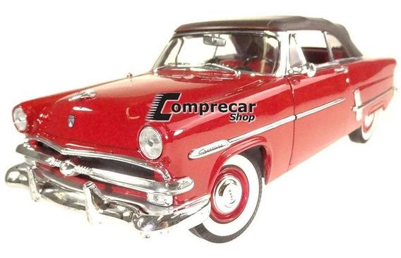 Miniatura Ford Crestline Sunliner 1953 Vermelho Welly 1/18