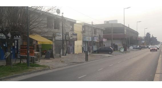 Local En Centro Comercial S/ Ruta 8 Gran Caudal Gente
