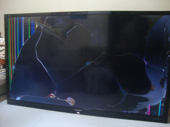Tv Sharp Lc80le632u,.tela Quebrada.
