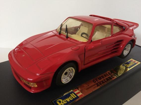 Miniatura Porsche Gemballa Avalanche 1/24 Revell