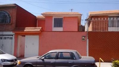 Casa Muy Funcional, Excelente Oportunidad En Valle De Aragon