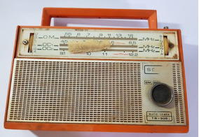 Radio Antigo Semp Tr 500 Para Tirar Peças Cor Laranja