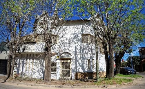 Casa En Ramos Mejia