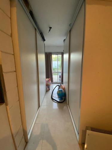 Imagen 1 de 10 de Duplex 2 Ambientes Con Cochera Y Patio