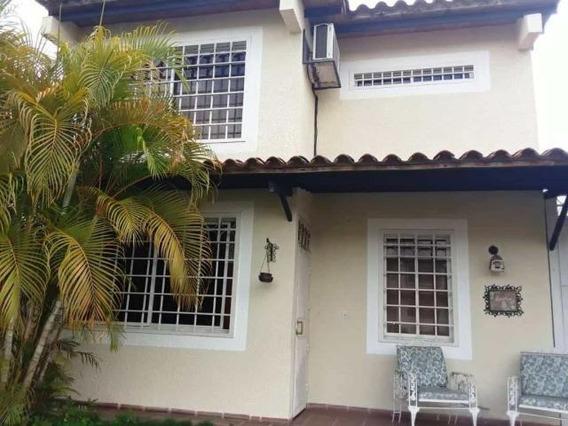 Casa En Alquiler Este Barquisimeto 20-14493 Jcg