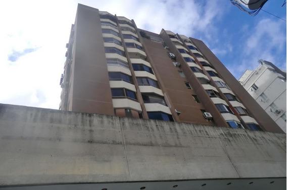 Apartamento Venta 70 M2. Los Palos Grandes H C