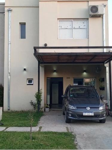 Venta Monte Grande Los Mirasoles Duplex 3 Dorm, Cochera!