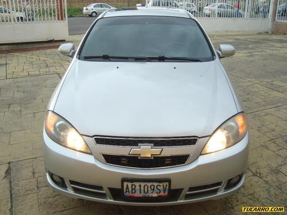 Chevrolet Optra Advance - Automática