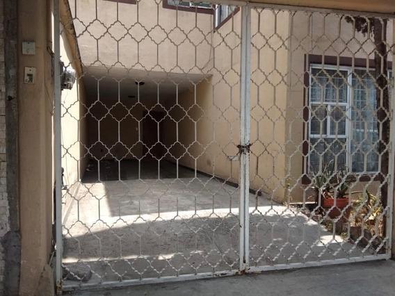Casa En Renta En Jardines De Churubusco, Iztapalapa.