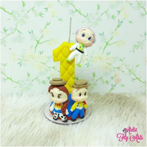 Imagem 1 de 2 de Vela Aniversario Em Biscuit, Vela Toy Story