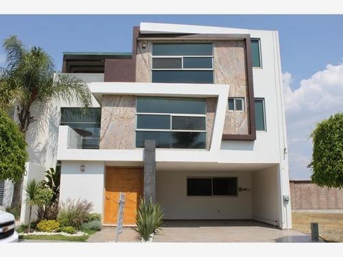 Casa Sola En Venta Lomas De Angelopolis Cluster 333