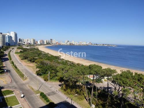 Venta Apartamento 3 Dormitorios Y Dependencia, Playa Mansa, Punta Del Este- Ref: 190