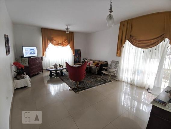 Apartamento No 1º Andar Com 2 Dormitórios E 1 Garagem - Id: 892971383 - 271383