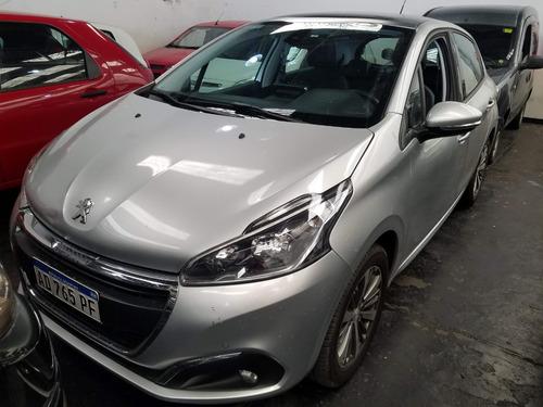 Peugeot 208 1.6 Feline 115cv Como Nuevoo! (aes)