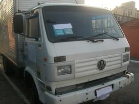 Volkswagen 7100 Baú Ano 95