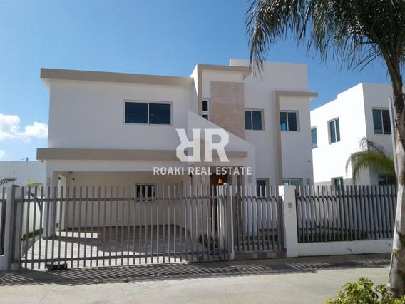 Acogedora Casa En Gurabo