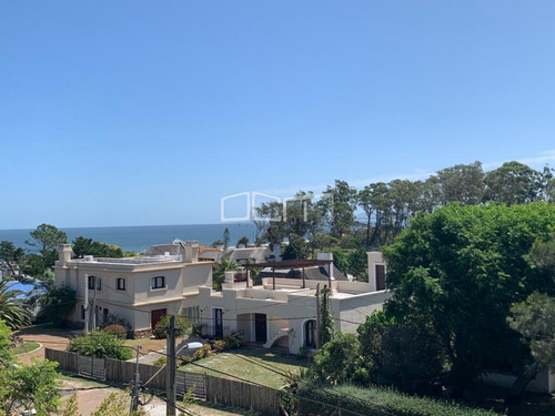 Imagen 1 de 13 de Lindo Apartamento En Edificio Rinconada Del Mar, Punta Ballena- Ref: 203