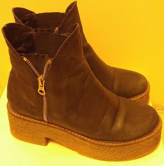Botas Negras Suela Goma - Usadas - N° 37-38