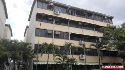 Apartamentos En Venta 18-4276