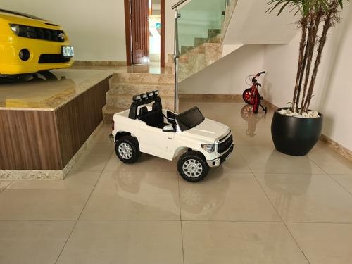 Toyota Hilux Crianças