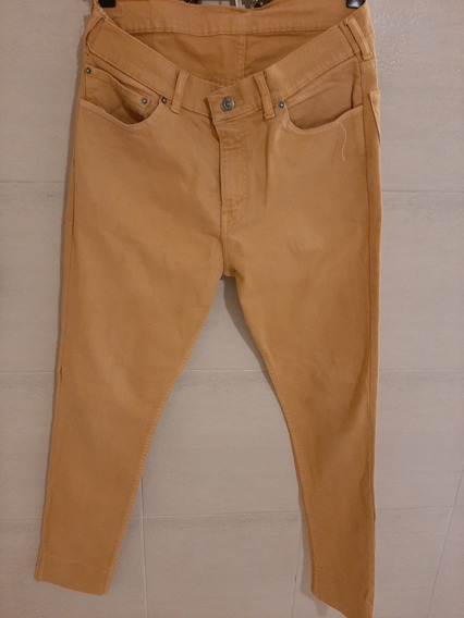 Pantalon Color Mostaza Levis