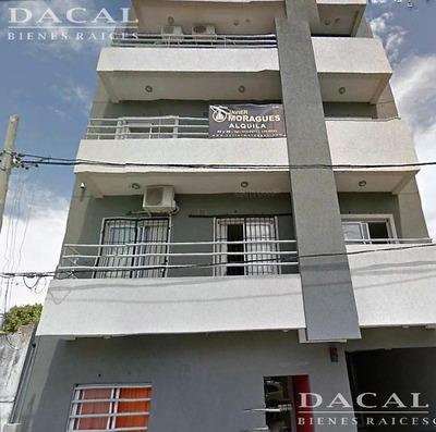 Departamento En Alquiler La Plata Calle 115 Bis E/ 32 Y 33 2 B Dacal Bienes Raices