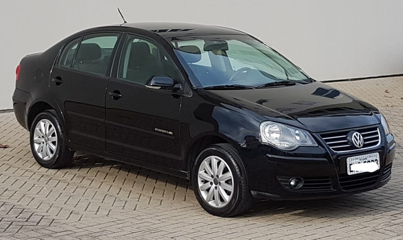 Volkswagen Polo Sedan 1.6 Vht Comfortline Total Flex 4p